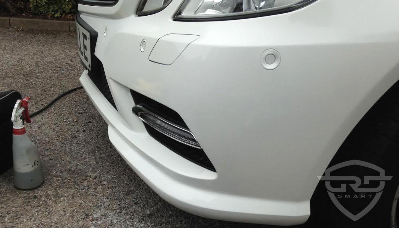 Mercedes e class dented cracked bumper repair london for Mercedes benz bumper repair